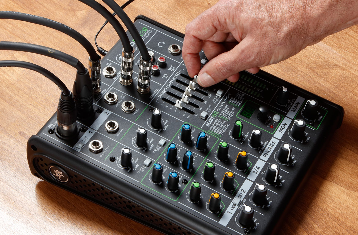 How to Hook Up a Mixer Board for Podcasting