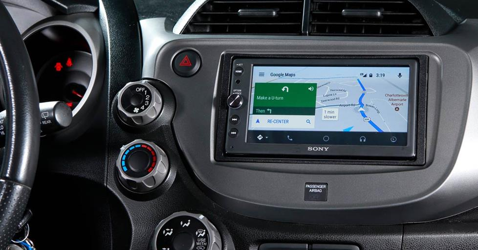 The Sony XAV-AX100 installed in the Honda Fit's dash