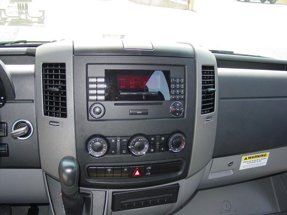 mercedes sprinter radio