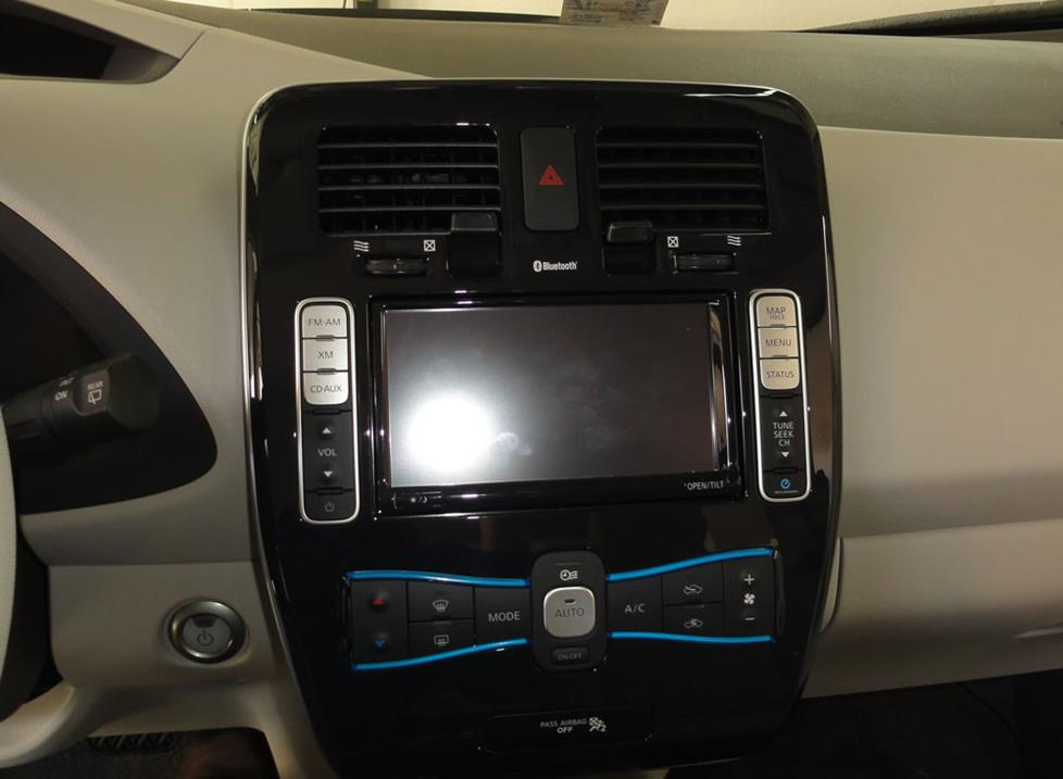 nissan leaf navigation receiver