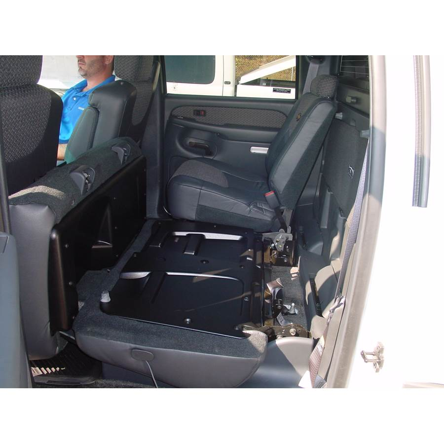 2004 Chevrolet Avalanche Cargo space