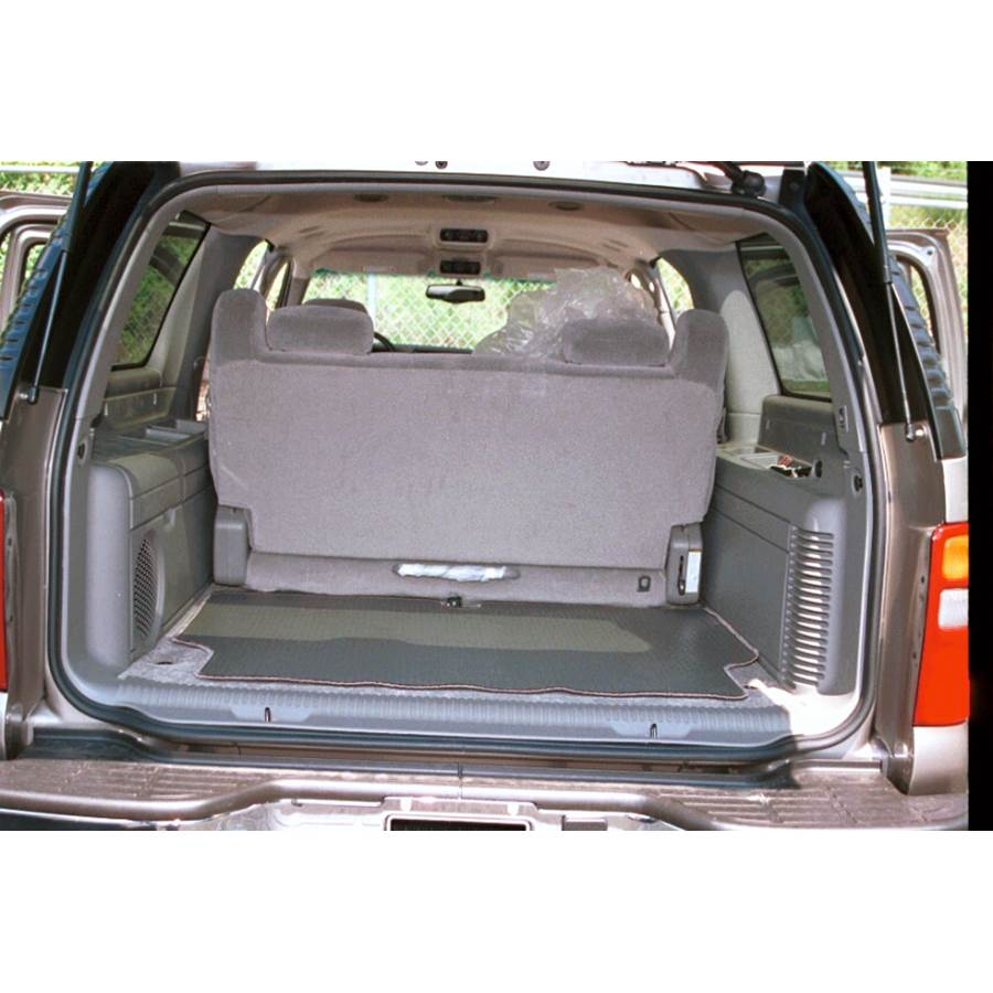 2004 GMC Yukon Cargo space