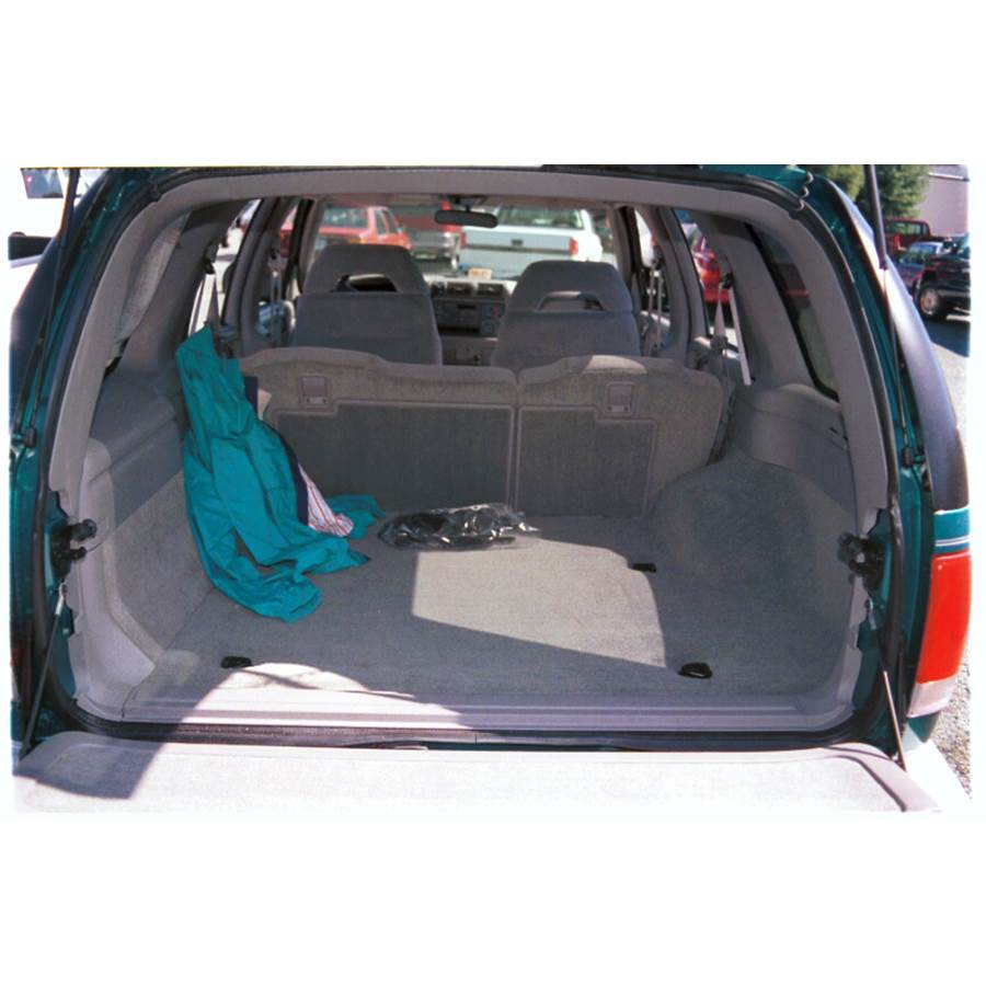 1995 GMC Jimmy Cargo space