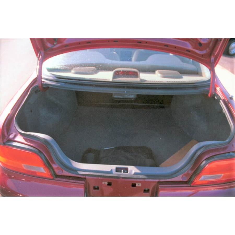 1993 Nissan Altima Cargo space