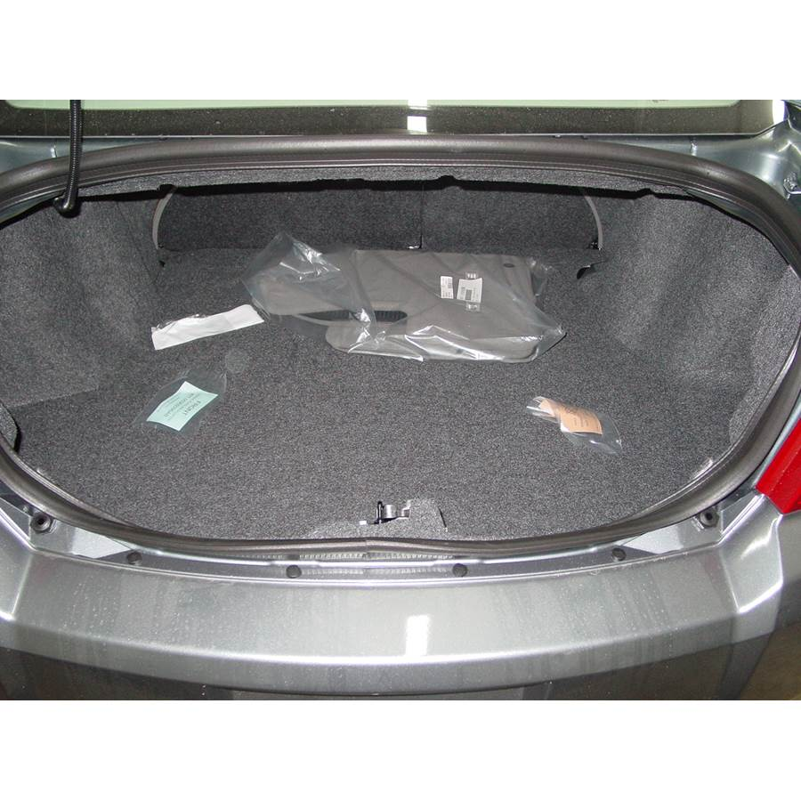 2009 Dodge Avenger Cargo space