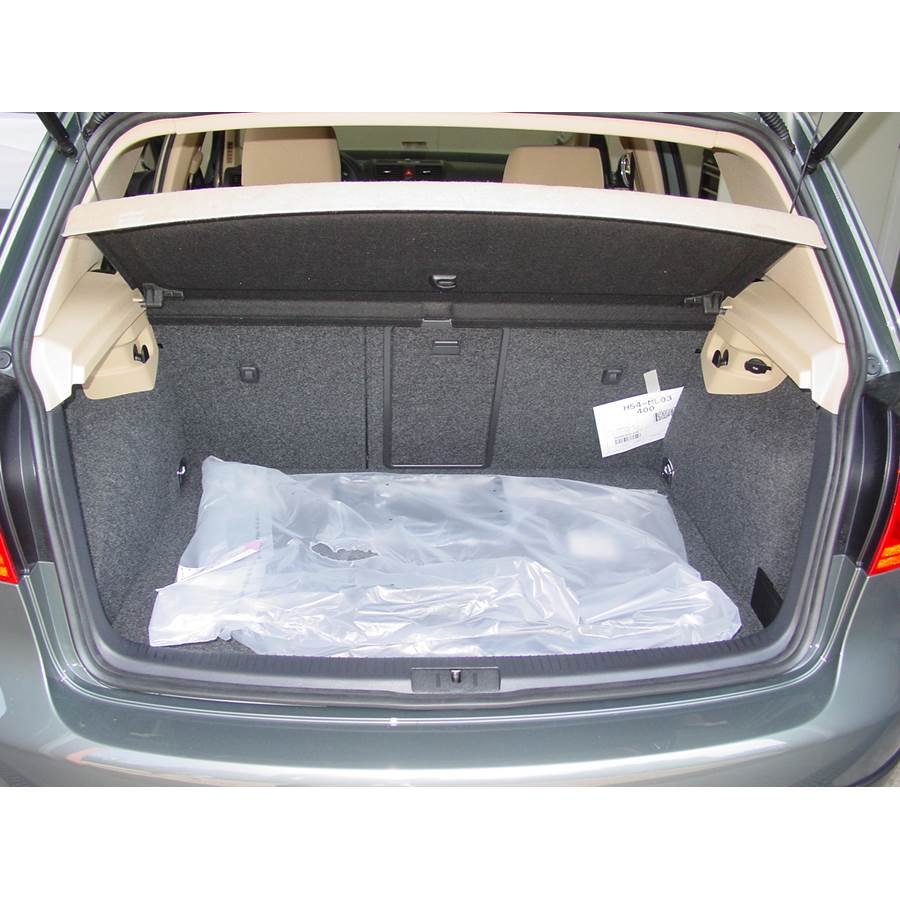 2008 Volkswagen Rabbit Cargo space