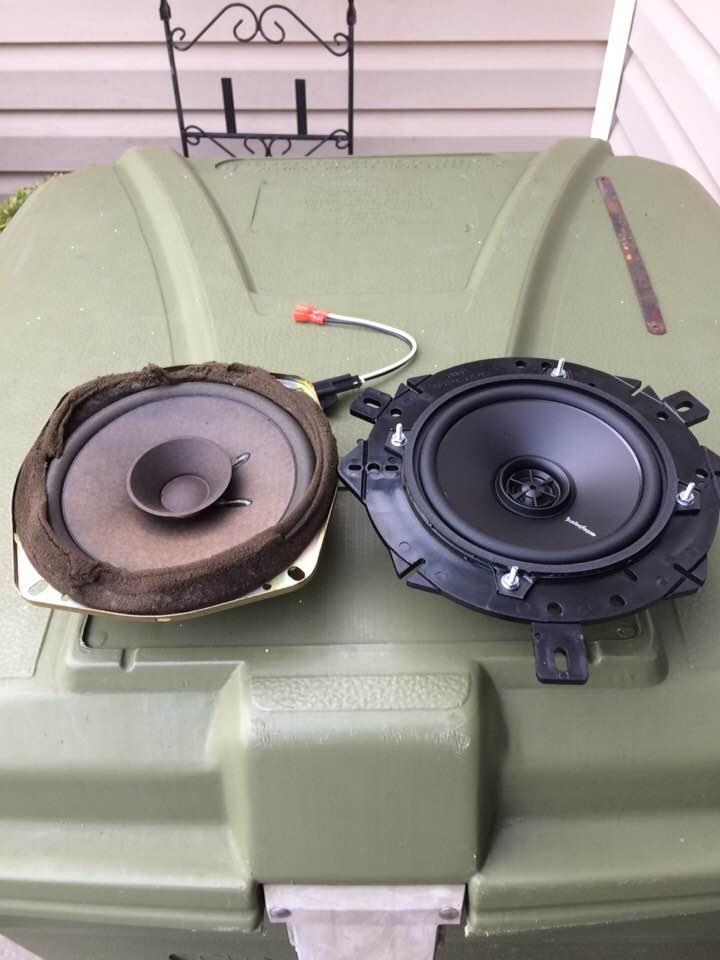 Eclipse X-stream Portable Bluetooth Wireless Speaker Shrink-Proof Audio Docks & Mini Speakers