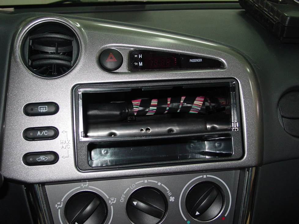 toyota matrix radio kit