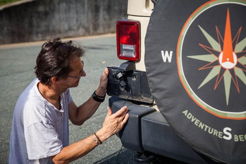 jeep camera installation