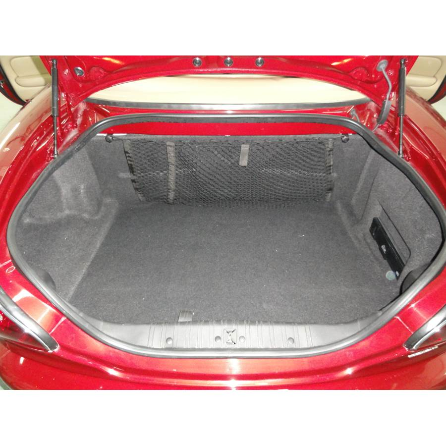 2004 Jaguar XK8 Cargo space