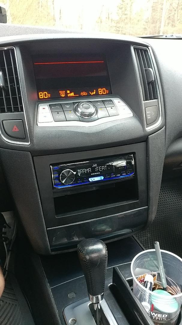JVC KD-X255BT Digital media receiver (does not play CDs) at