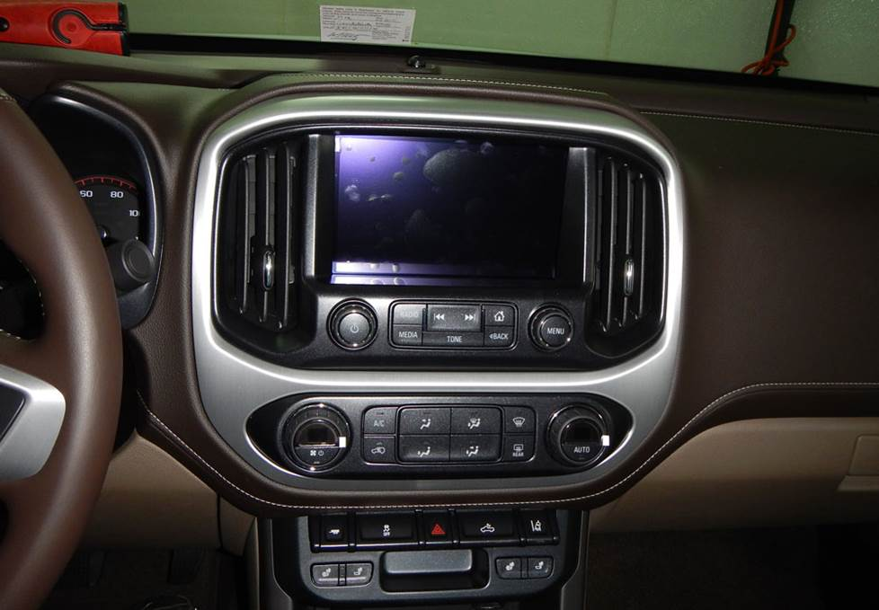 2015 chevrolet colorado wiring diagram upgrading the stereo system in your 2015 up chevrolet colorado or  chevrolet colorado