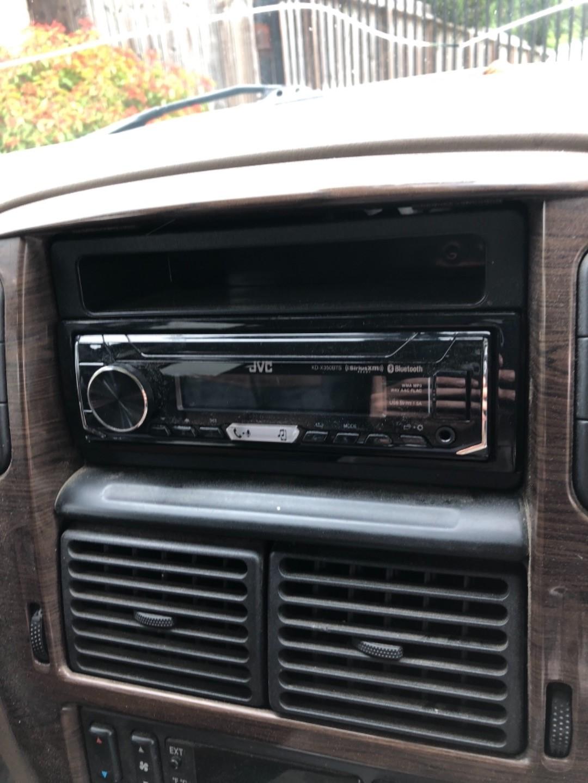 JVC KD-X350BTS Digital media receiver (does not play CDs) at