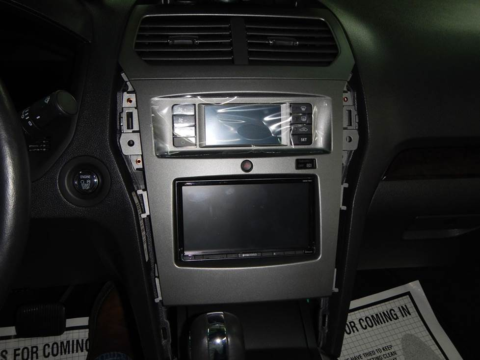 ford explorer radio dash kit