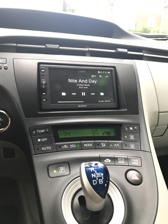Sony XAV-AX100 Digital multimedia receiver (does not play CDs) at