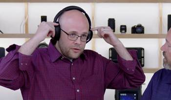 Video: Sony WH-1000XM3 Bluetooth noise-canceling headphones