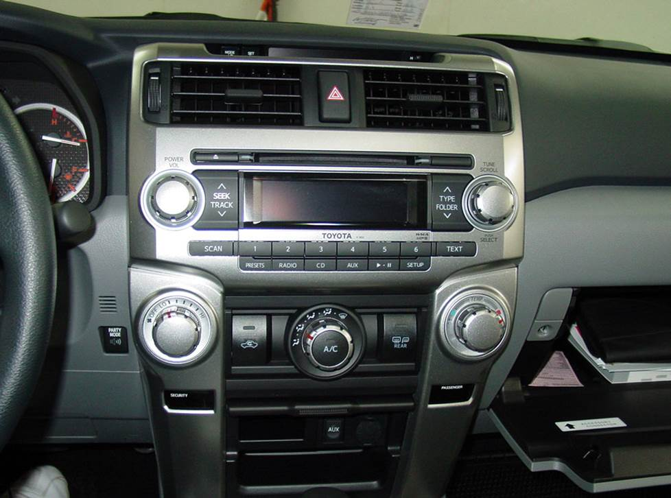 toyota 4runner base radio