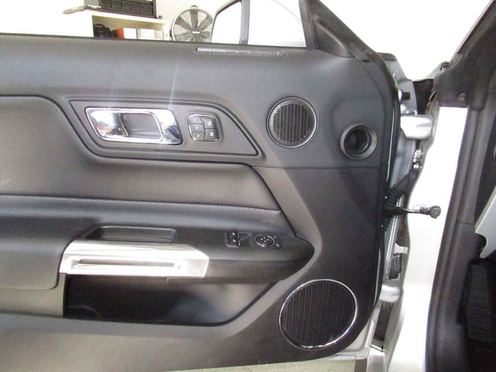 Upgrading The Stereo System In Your 2015 Up Ford Mustang