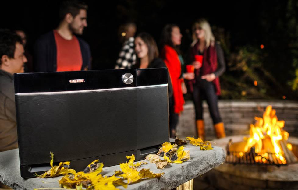 Aiwa Exos-9 outdoor party