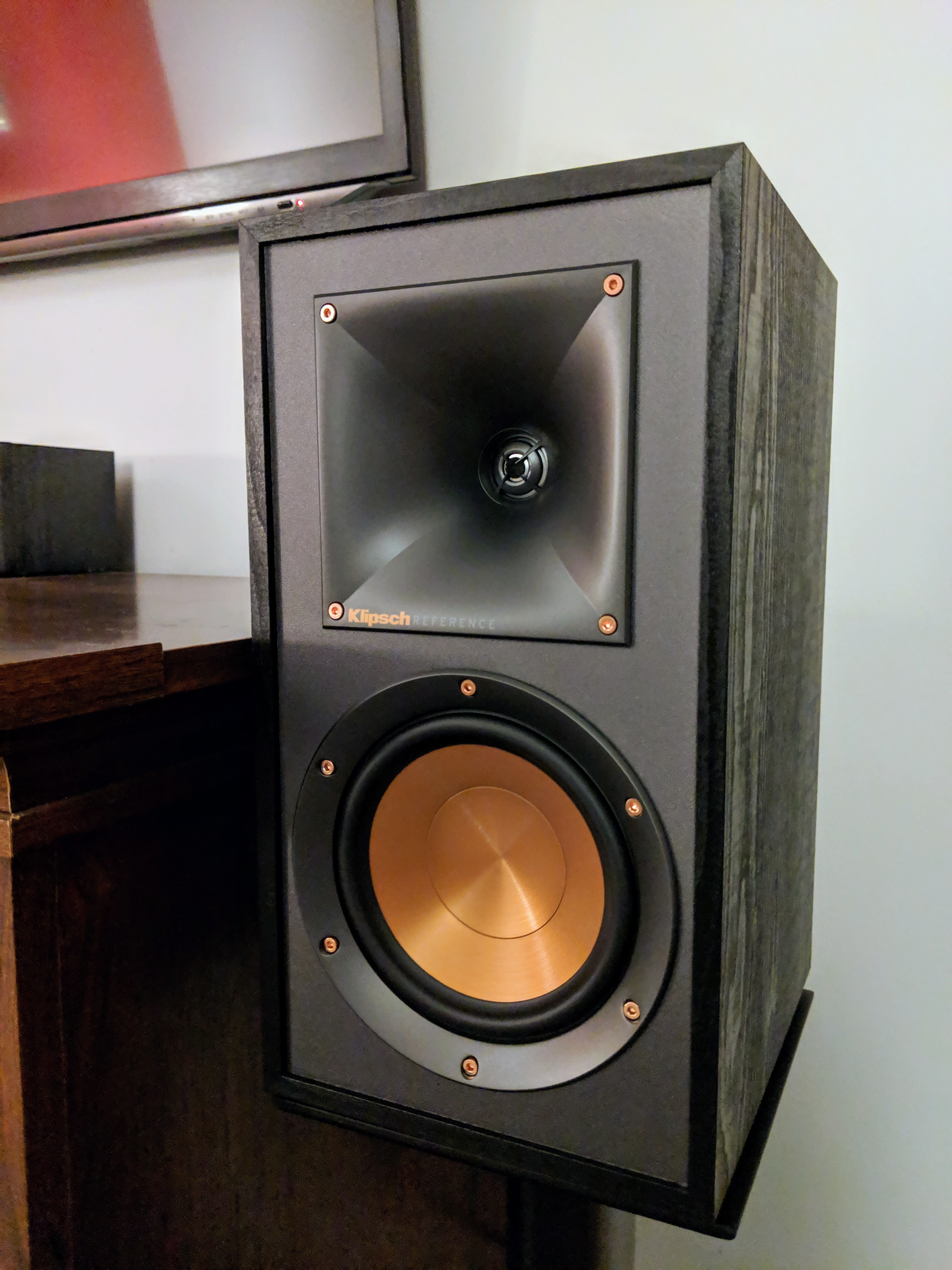 Sanus NF24 Speaker Stands (Black lacquer) Natural Foundations Series