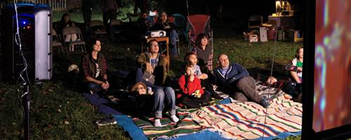 DIY backyard movie theater guide