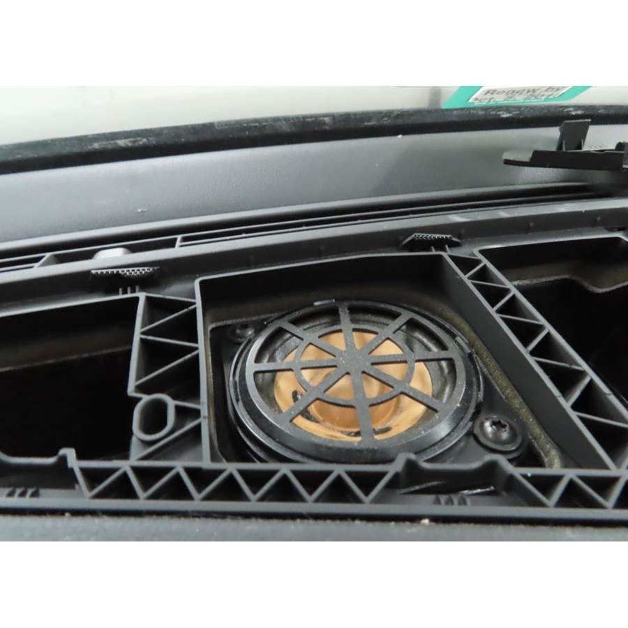2013 Audi A5 Center dash speaker