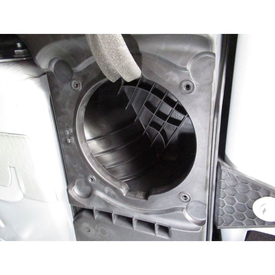 2019 Ford EcoSport Far-rear side speaker removed