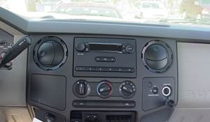 2013 Ford F-750 Factory Radio