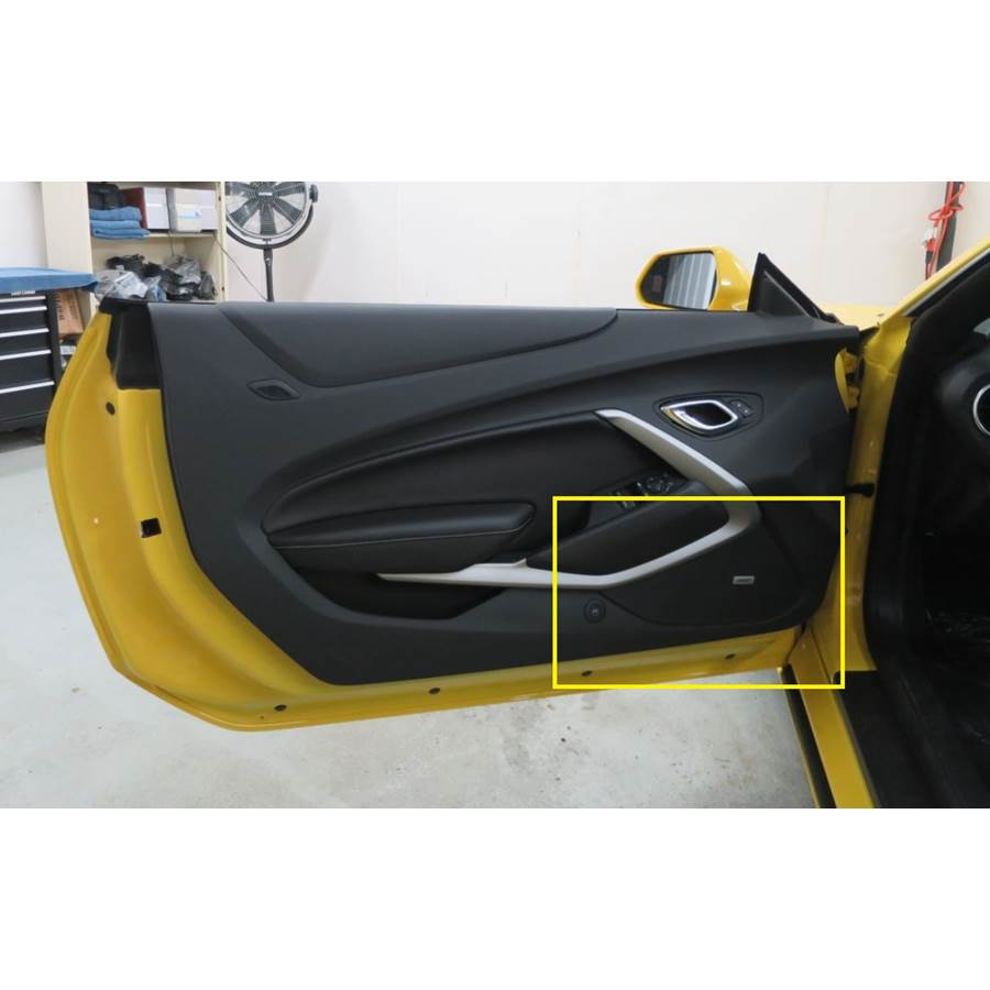 2019 Chevrolet Camaro Front door speaker location