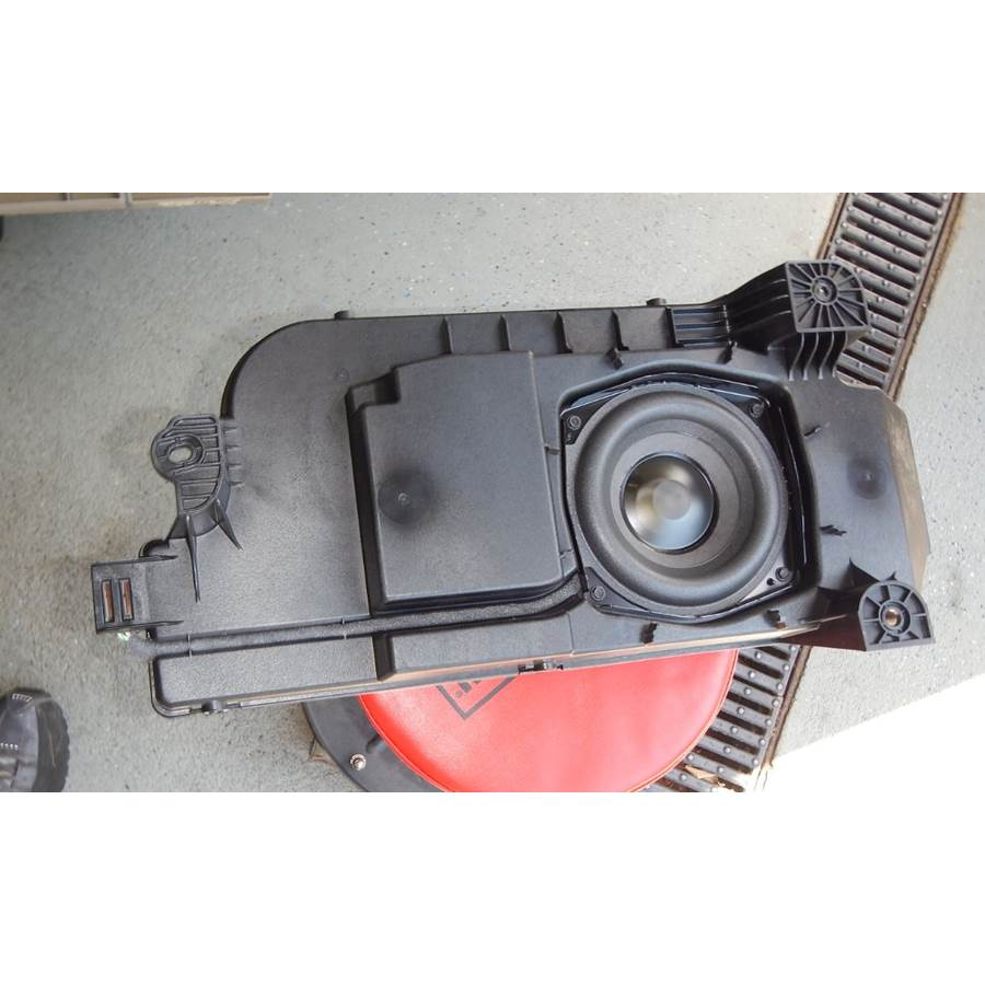 2020 GMC Sierra 2500/3500 Center console speaker