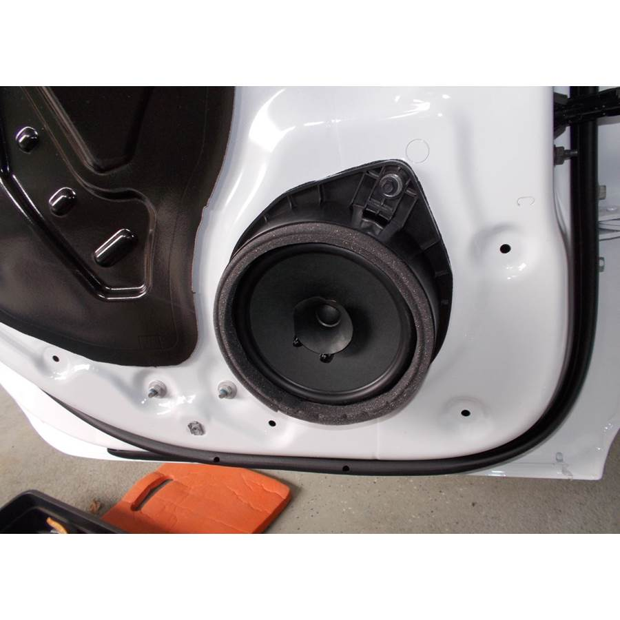 2020 GMC Sierra 2500/3500 Rear door speaker