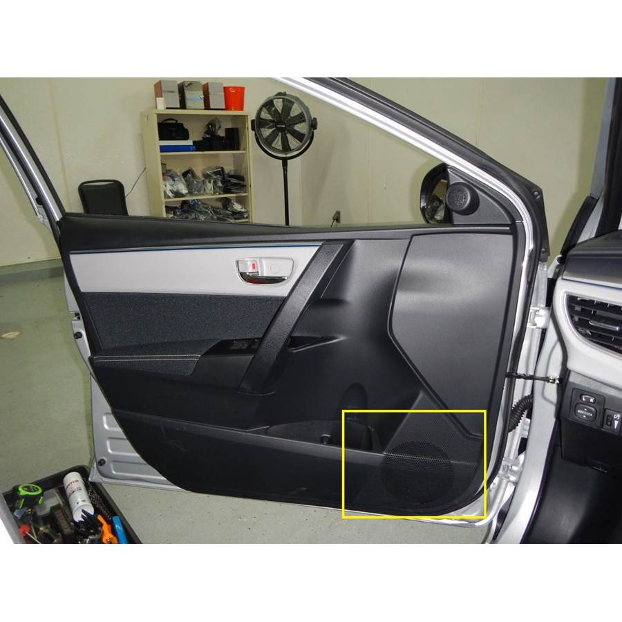 2018 Toyota Corolla Front door woofer location