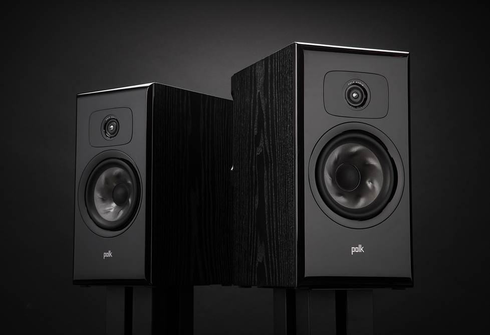 Polk's L200 bookshelf speakers are ideal for a high-end Legend Series music or home theater system.
