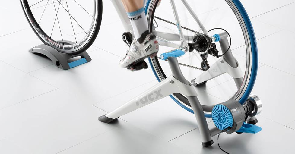 Tacx Flow Smart bike trainer
