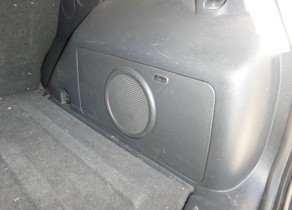 jeep compass patriot factory subwoofer