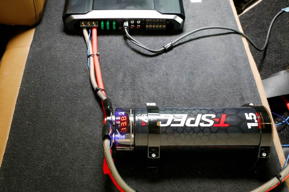 Installed capacitor
