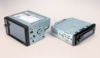 Single-DIN vs Double-DIN car stereos