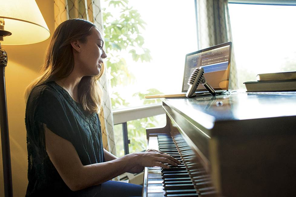 Piano player recording with USB mic