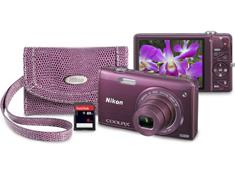 Nikon Coolpix S5200 Bundle