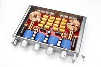 The Crossblock features heavy-duty hand-made coils and capacitors