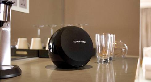 Harman Kardon Omni 10 wireless speaker
