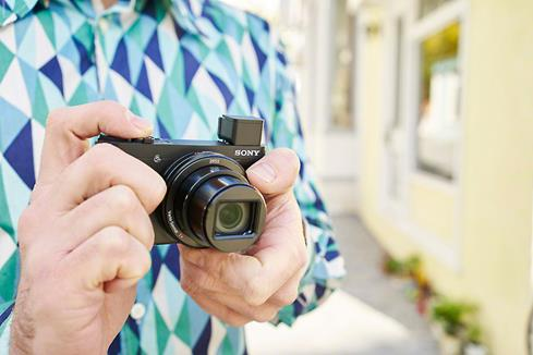 The Sony DSC-HX90V is a pocket camera with 30X optical zoom.