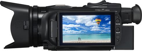 The adjustable OLED touchscreen on the Canon VIXIA HF G40 helps you frame and review each shot.