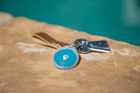 The included water-resistant sleeve keeps the TrackR bravo dry during outdoor adventures.