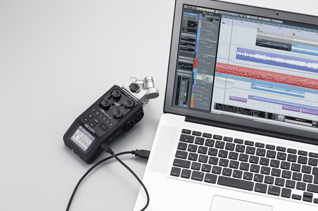 Zoom H6 digital recorder with Cubase LE recording software