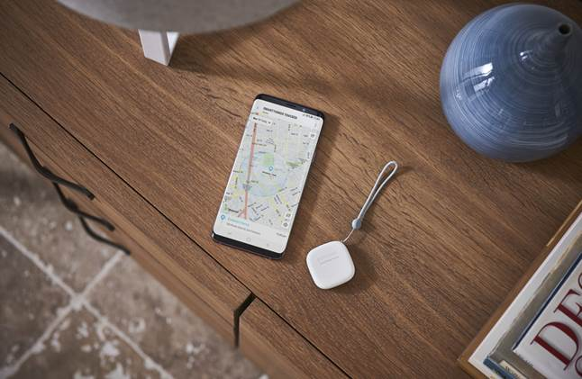 Samsung SmartThings Tracker and app