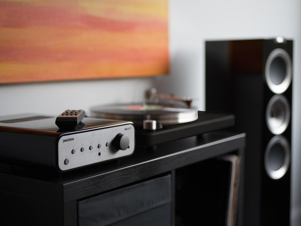 Peachtree Audio decco125 SKY
