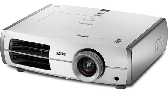 Epson PowerLite Home Cinema 8350 Front