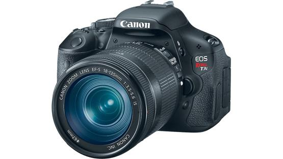 Canon EOS Rebel T3i Kit Front