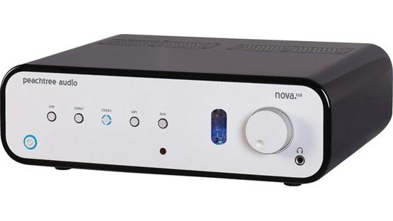 Peachtree Audio nova125 Front (Black)